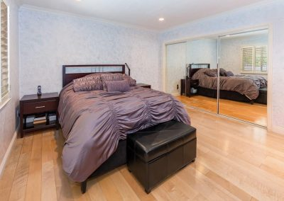 11735 Woodley Ave - Bedroom