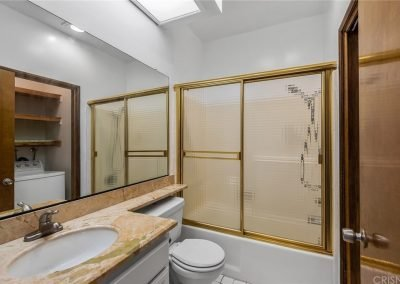 5534 Encino Ave - Full bathroom with shower