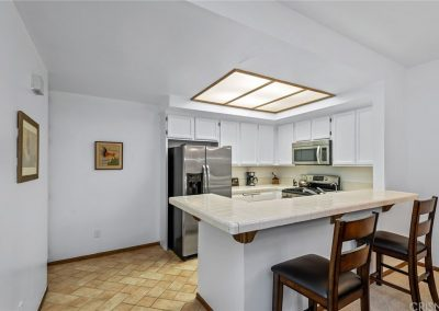 5534 Encino Ave - Kitchen 2